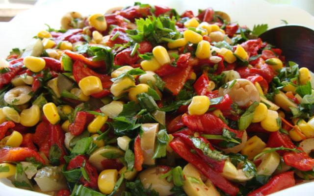 Köz Kırmızı Biber Salatası